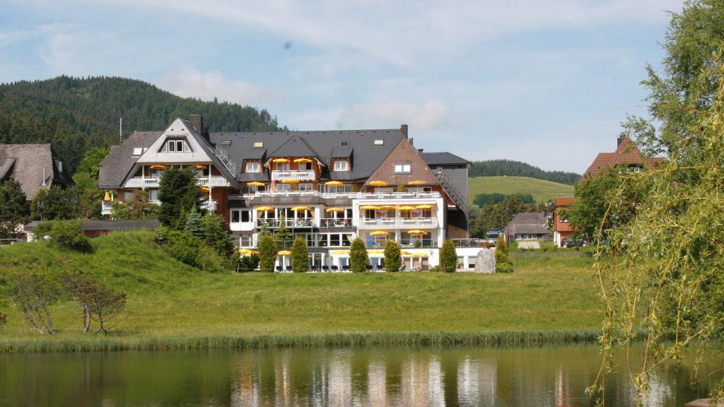 4 sterne superior hotel in hinterzarten um schwarzwald hotel reppert for Hotels auf juist 4 sterne