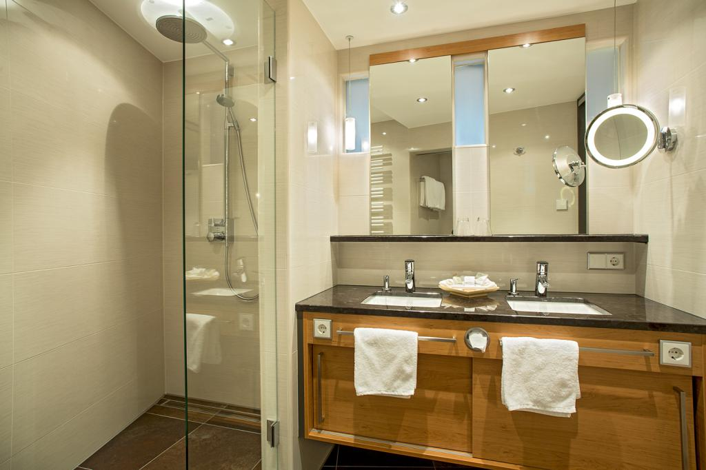 ihre wohlf hl zimmer in hinterzarten hotel reppert. Black Bedroom Furniture Sets. Home Design Ideas